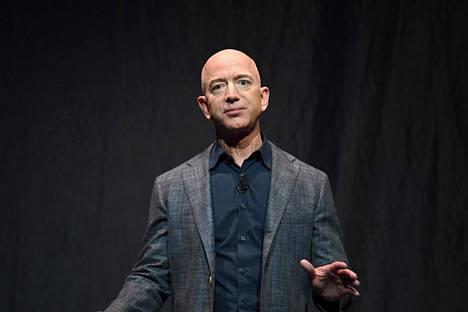 Amazonin perustaja ja toimitusjohtaja Jeff Bezos on yksi maailman rikkaimmista ihmisistä.