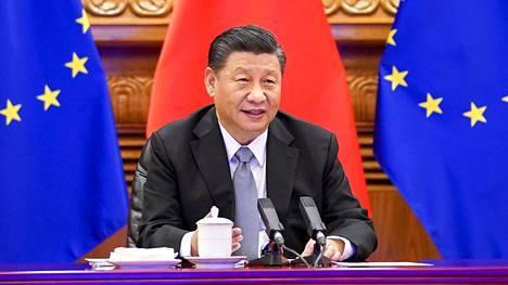 Kiinan presidentti Xi Jinping keskusteli 30. joulukuuta videokokouksessa yhdessä EU:n johdon sekä Saksan ja Ranskan johtajien kanssa EU:n ja Kiinan investointisopimusneuvottelujen sovusta.