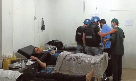 YK:n kemiallisten aseiden asiantuntijat vierailivat maanantaina damaskoslaisessa sairaalassa, jossa hoidetaan viimeviikkoisen hyökkäyksen uhreja.