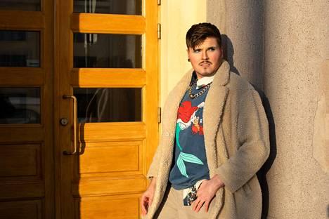 Somepersoona Eino Nurmisto on Helsingissä vihreiden kuntavaaliehdokas.