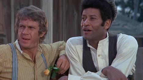 Boon (Steve McQueen) ja Ned (Rupert Crosse) lähtevät Mississippistä retkelle Tennesseehen.