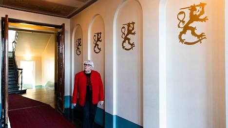 Ruth Rosenlöf kertoo, kuinka talon B-rapussa asui aikoinaan kahdeksan kenraalia.