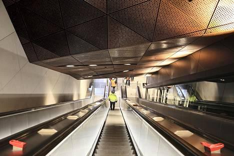 Aalto-yliopiston metroasemaa esiteltiin tiedotusvälineille joulukuun alkupuolella.