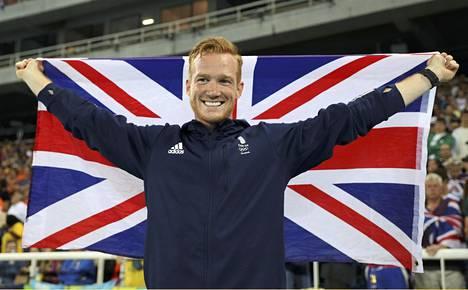 Greg Rutherford juhli Lontoossa olympiakultaa.