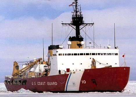 Yhdysvallat lähettää rannikkovartioston jäänmurtajan Polar Bearin Etelämantereelle auttamaan jäihin juuttuneita aluksia. Kuva vuodelta 2002.