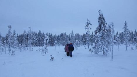 Utsjoen Kevojärvellä oli varhain sunnuntaiaamuna 37,7 astetta pakkasta. Kuva on otettu Äkäslompolon Kuertunturissa 31.12.2018.