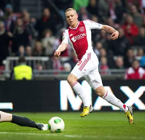 Islantilainen Kolbeinn Sigthórsson teki Ajaxin ensimmäisen maalin Zwollen verkkoon sunnuntaina.