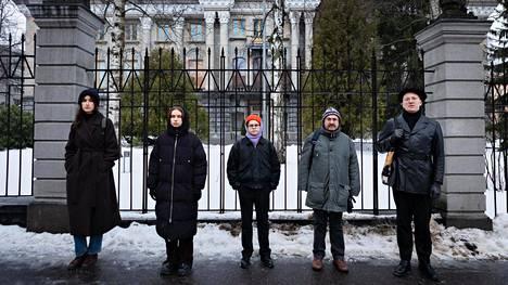 Milana Novokmet (vas.), Anna Sevostjanova, Kai Nordfors, Vladimir Gelman ja Pavel Petrov järjestivät viikonloppuna Helsingissä tukiprotestin Venäjän oppositiolle.