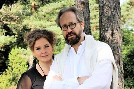 Tuula Hällström ja Sami Luttinen