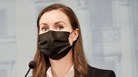 Pääministeri Sanna Marin puhui hallituksen tiedotustilaisuudessa keskiviikkona.