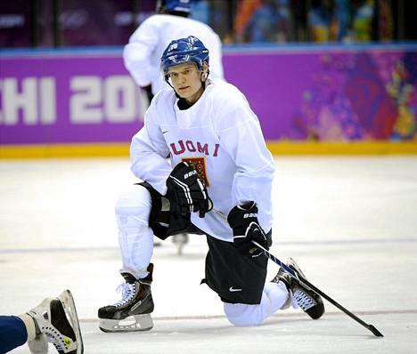 Aleksander Barkov debytoi viime kaudella miesten maajoukkueessa.
