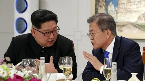 Pohjois-Korean Kim Jong-un ja Etelä-Korean Moon Jae-in tapasivat toisensa huhtikuussa 2018.