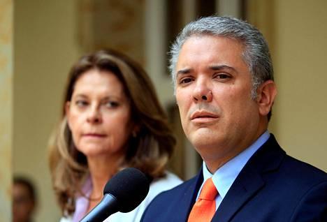 Kolumbian presidentti Ivan Duque lupasi nimittää merkittäviin ministerivirkoihin naisia. Marta Lucia Ramirezista tulee maan ensimmäinen naispuolinen varapresidentti.