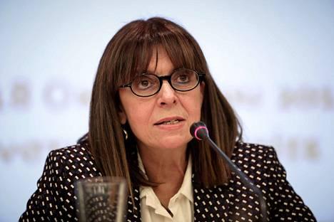Aikaterini Sakellaropoulou vuonna 2018. Hän on toiminut aiemmin Kreikan korkeimman hallinto-oikeuden presidenttinä.