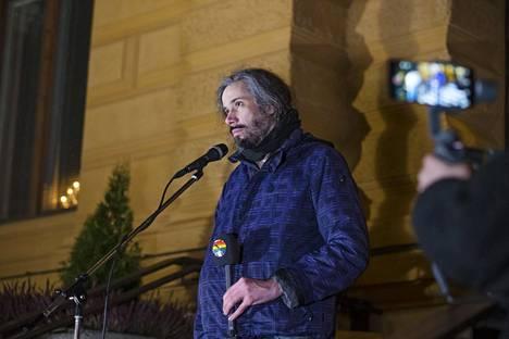 Oulun kaupunginvaltuutetun Junes Lokan tuomio kiihottamisesta kansanryhmää vastaan pysyi voimassa Rovaniemen hovioikeudessa.