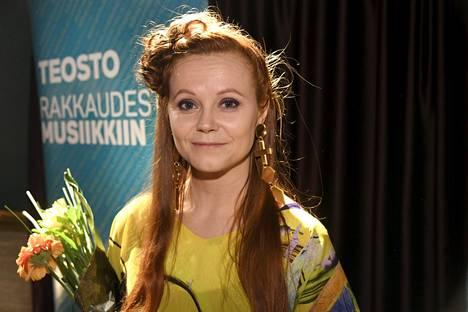 Laulaja-lauluntekijä Minja Koski