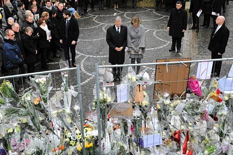 Belgian kruununprinssi Philippe ja prinsessa Mathilde osallistuivat tiistaina hiljaiseen hetkeen viiden Liegessä kuolleen muistoksi.