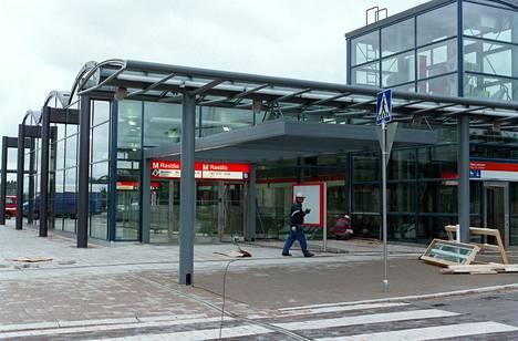 Mikko Terhiän kohtaama ikävä tapaus sattui Rastilan metroasemalla.