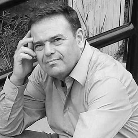 László Márton on unkarilainen kirjailija ja kääntäjä.