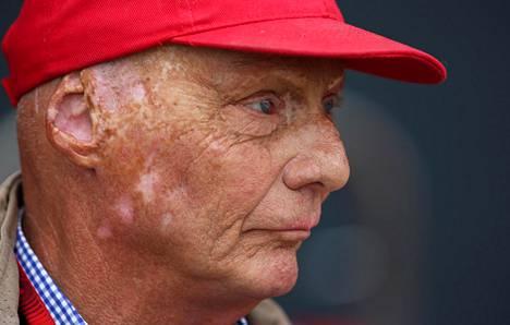 Niki Lauda antoi tylyä palautetta Max Verstappenille.