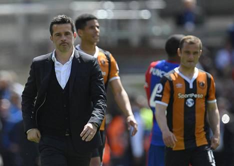 Hullin manageri Marco Silva käveli pelin jälkeen pettyneenä pois.