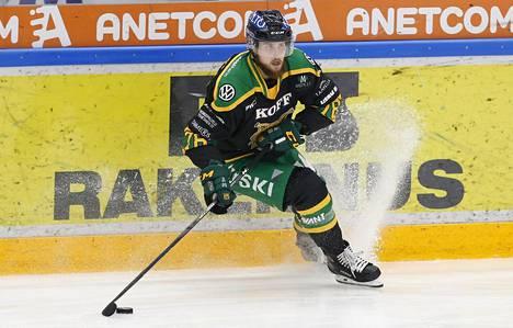 Mikael Kuronen teki neljä tehopistettä Ilvekselle.