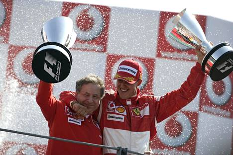 Michael Schumacher voitti viisi maailmanmestaruutta Ferrarilla Jean Todtin ollessa tallipäällikkönä. Kuva vuodelta 2006.