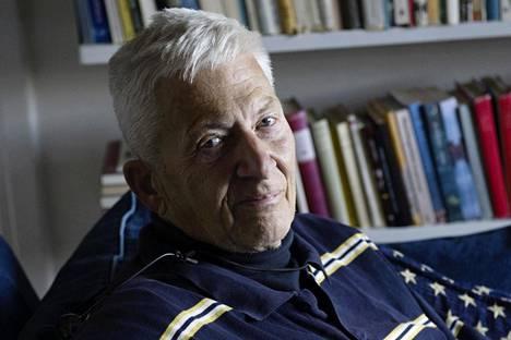 Per Olov Enquist vuonna 2009.