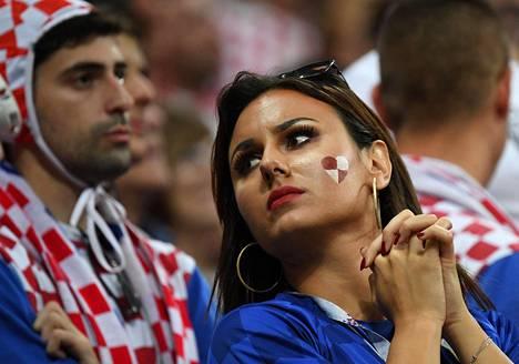 Kroatian kannattajia keskiviikkona välieräottelussa Englantia vastaan.