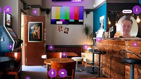 """Digibaarissa luodaan omia huoneita, joissa voi viettää aikaa esimerkiksi oman kaveri- tai työporukan kanssa. Päiväsaikaan virtuaalibaari toimii helsinkiläisen Femma-baarin """"tiloissa""""."""