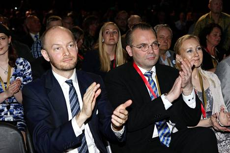 Sampo Terho ja Jussi Niinistö haluavat, että Helsinki luopuu pakollisesta ruotsin kielen opiskelusta.