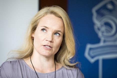 Helsingin poliisin rikostutkinnan päällikkö Jonna Turunen sanoo, että työperäinen ihmiskauppa on yksi vakavan järjestäytyneen rikollisuuden muoto.