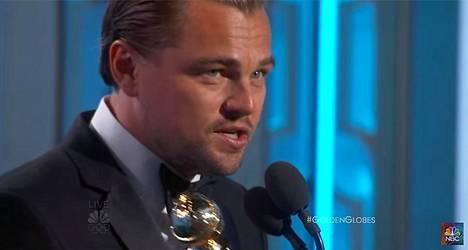 Leonardo DiCaprio piti poliittisen palkintopuheen Golden Globe -gaalassa, ja suututti monet.
