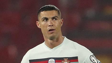 Cristiano Ronaldolta vietiin voittomaali ottelussa Serbiaa vastaan.
