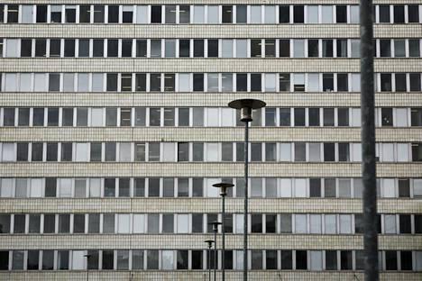 Kallion virastotalosta Helsingissä poistettiin asbesti 2000-luvun alussa.