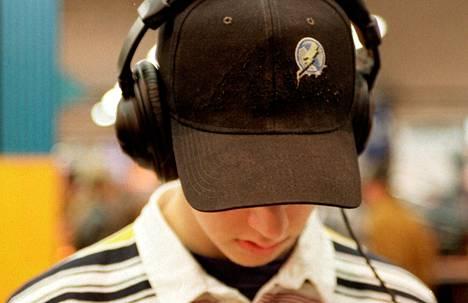 Musiikin kuuntelu nopeuttaa tarmokkuuteen, keskittymiseen ja työmuistin toimintaan vaikuttavan dopamiinin tuotantoa aivoissa.