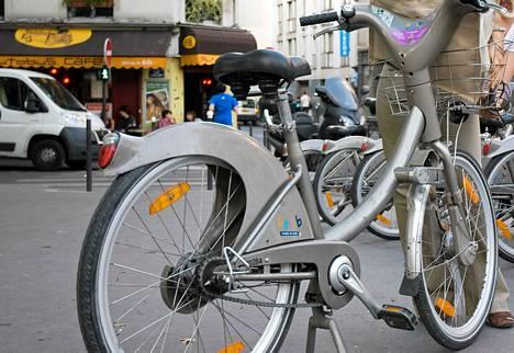 Pariisin kaupunkipyörä vélib. JCDecaux'n suunnitelmissa oli tuoda Helsinkiin samanlainen malli.