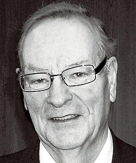 Matti Sotamaa<br />hallintotieteiden maisteri<br />pankinjohtaja<br />(1943-2012)