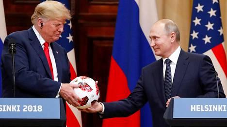 Yhdysvaltojen presidentti Donald Trump ja Venäjän presidentti Vladimir Putin tapasivat Helsingissä heinäkuun 16. päivä 2018.