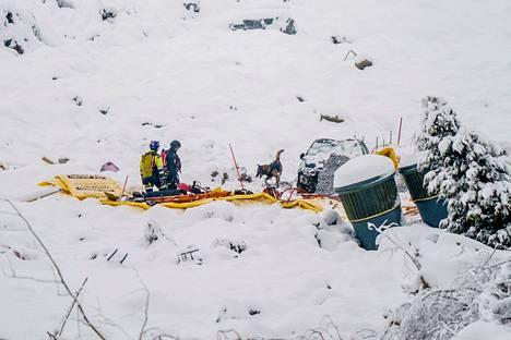 Kadonneiden etsinnät olivat käynnissä onnettomuuspaikalla 20. tammikuuta.