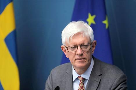 Folkhälsömyndighetenin pääjohtaja Johan Carlson ei usko, että uusi laki estäisi koronavirusta leviämästä.