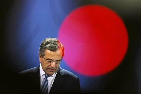 Kreikan pääministeri Antonis Samaras piti tiedotustilaisuuden Berliinissä perjantaina.