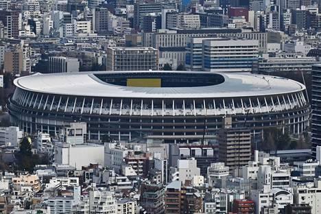 Tokion uusi kansallisstadion joutuu odottamaan olympiavieraita vielä yli vuoden.
