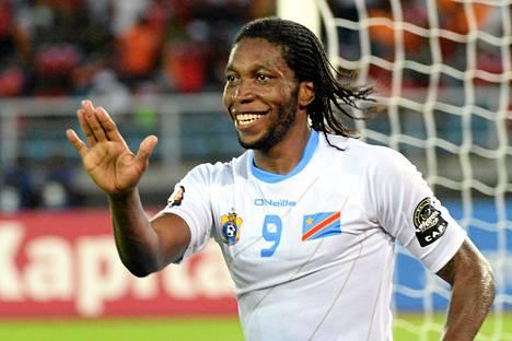 Dieumerci Mbokani onnistui kahdesti Afrikan mestaruusturnauksen puolivälierässä.