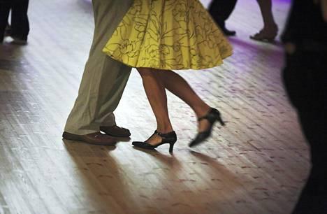 Muun muassa tanssin on todettu parantavan monia vaivoja.