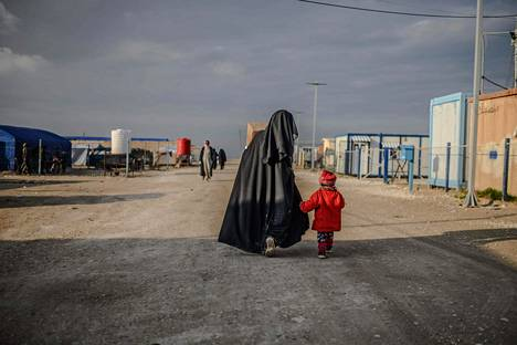 Toistaiseksi vain muutama valtio – Venäjä, Kosovo, Kazakstan, Indonesia ja Ranska – on auttanut joitain kansalaisiaan pois al-Holin leiriltä.