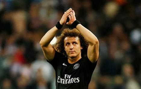 David Luiz pelasi Pariisissa kaksi vuotta.