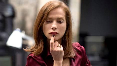 Isabelle Huppert näyttelee Elle-elokuvan pääroolia. Elokuva nähdään festivaalin avajaisissa.