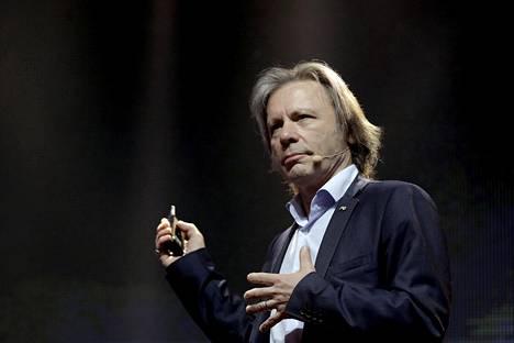 Bruce Dickinson esiintyi viime vuonna bisnestapahtumassa Sao Paulossa.