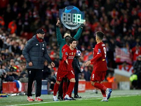 Liverpool on matkalla ensimmäiseen Englannin Valioliigan mestaruuteen 30 vuoteen. Kuva maaliskuun 11. päivän Mestarien liigan ottelusta Atleticoa vastaan.